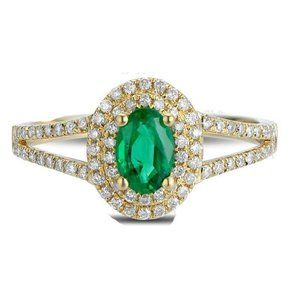 4.5 Ct Oval Cut Green Emerald With Diamond Ring